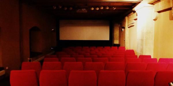 Regensburg – Filmgalerie im leeren Beutel