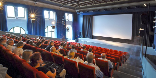 Halle – Luchs Kino am Zoo