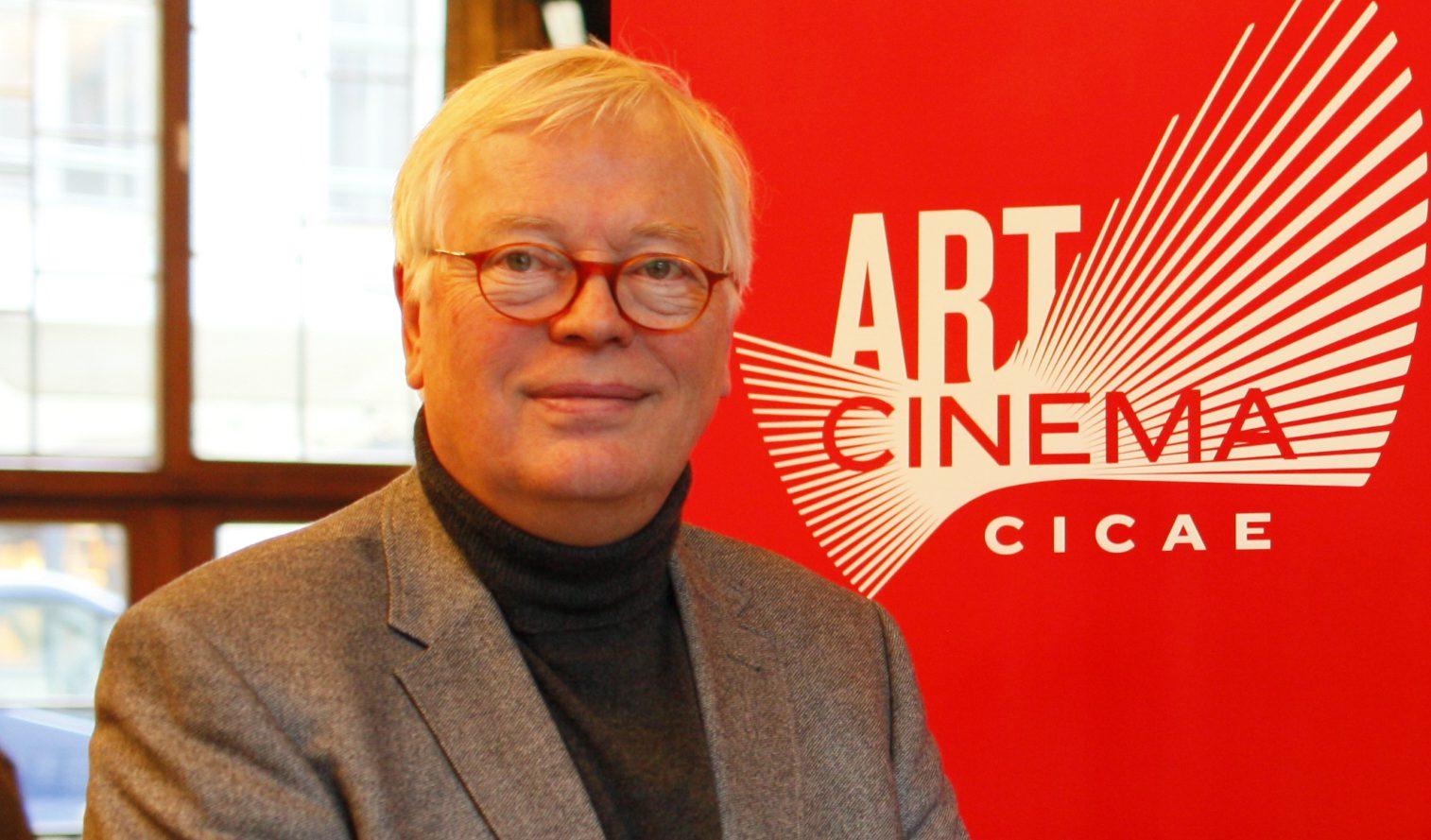 Dr. Detlef Rossmann wird mit dem Bundesverdienstkreuz ausgezeichnet